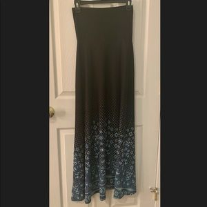 LuLaRoe Maxi Skirt Black w/Blue Pattern Size XXS